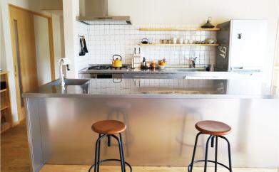 キッチンを合わせるオーダーキッチン天板